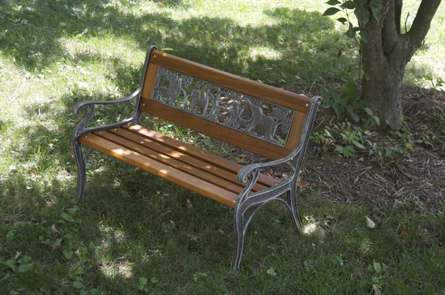 aoife-bench_0