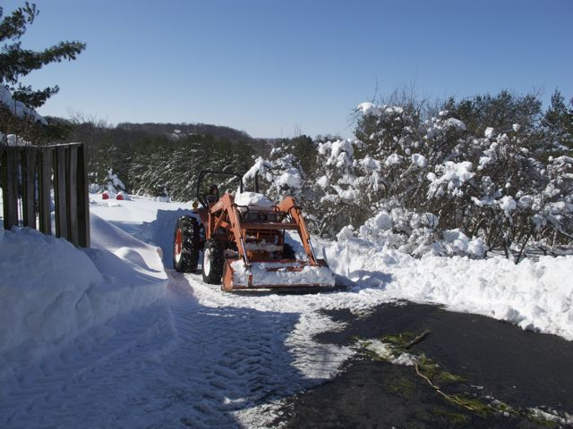 digging-out-with-the-kubota