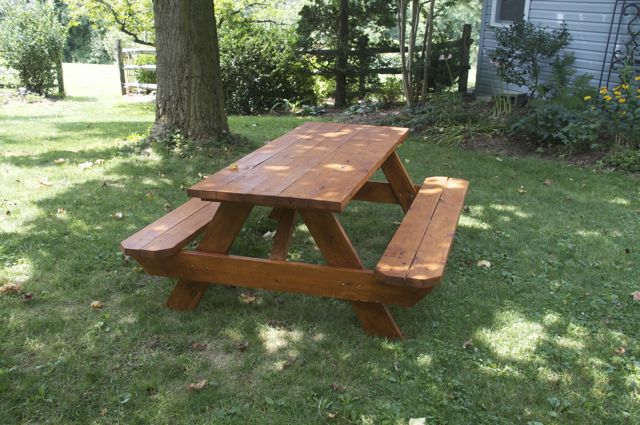 new-picnic-table