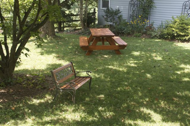 aoife-bench-and-picnic-table